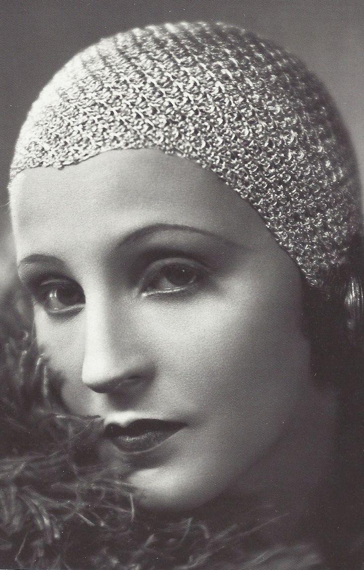 Brigitte Helm - 1928 - L'Argent Money - Directed by Marcel L'Herbier - Costumes by Paul Poiret