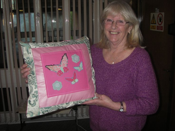We ran an applique and cushion cover workshop for the Margaret Blackwood Housing Association in Edinburgh. The tenants were very pleased with the results!