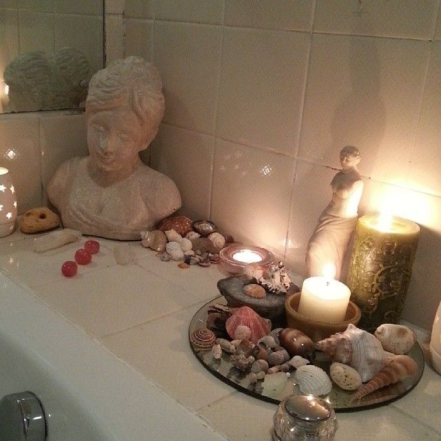 Pre-Ritual Bath When you run your pre-ritual cleansing bath, add nine drops of lemon oil, nine bay leaves & nine lemon verbana leaves on the surface, gently lower yourself in, relax, and prepare yourself for your work ahead.