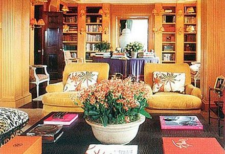 Home library...Tory Burch: Wall Colors, Living Rooms, Home Libraries, Chic Home, Fashion Icons, Fashion Design, Latest Fashion, Tory Burch, Families Rooms