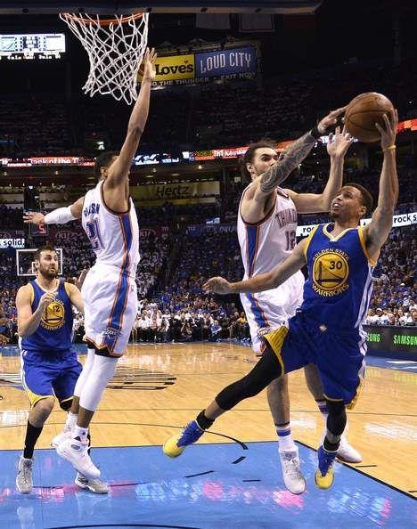NBA-speler trapt tegenstander in het kruis - HLN.be