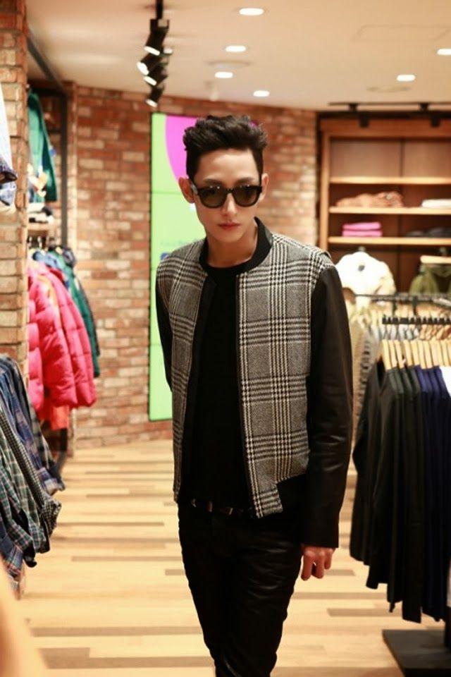 Korea Model모델 /Idol아이돌: 【NEWS】李秀赫 -8ight Seconds釜山分店開幕