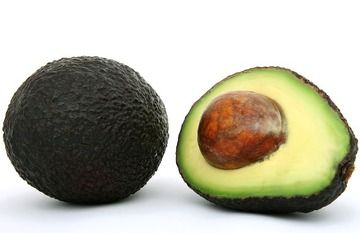 courgette pasta pesto met avocado