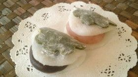 電子レンジで簡単☆葉まで食べられる柏餅
