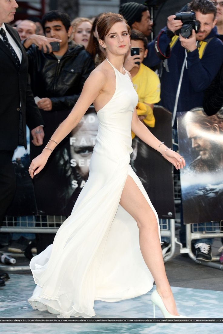 At 2014 London premiere of Noah, Emma Watson in a one-of-a-kind Ralph Lauren R14