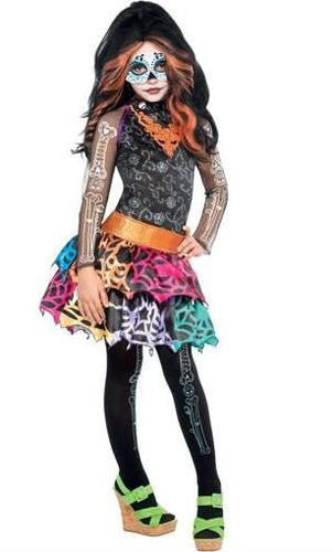New costumes - credit - monster-high Photo