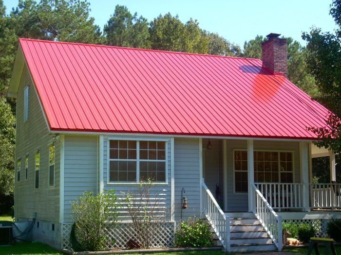 Red metal roof houses metal roofing showcase 24 red for Homes with metal roofs photos
