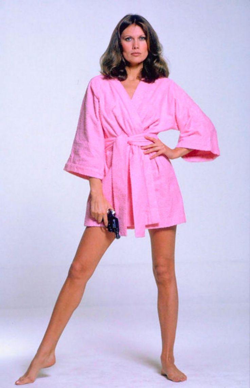 522 best Bond, James Bond images on Pinterest | Bond girls, James ...