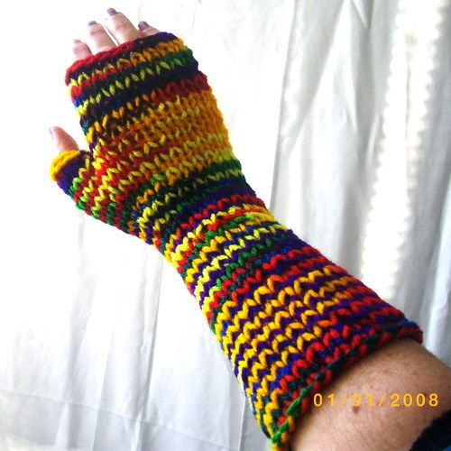 20.00$  Buy now - http://vikbt.justgood.pw/vig/item.php?t=nw8ykq44556 - Long handknit multi-coloured acrylic fingerless gloves