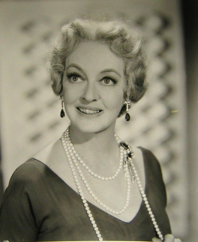 17 Best Images About Joan And Bette Bff 39 S On Pinterest