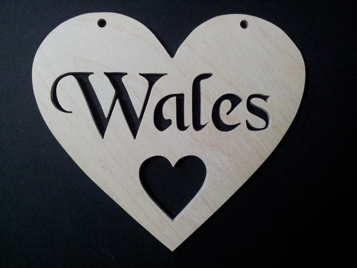 Wales Heart available at http://www.rhondda-woodcraft.co.uk/shop/hearts/wales-wooden-fretwork-heart/
