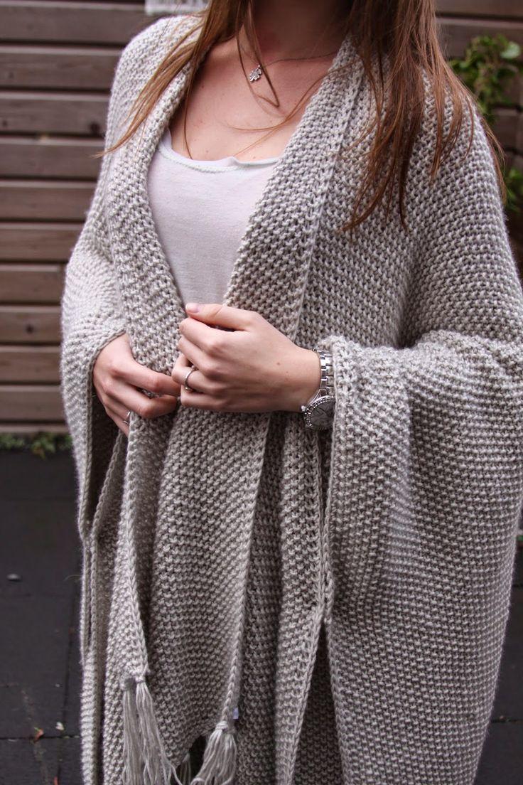 Handmade by Jolanda: poncho/omslag doek in gerstekorrelsteek