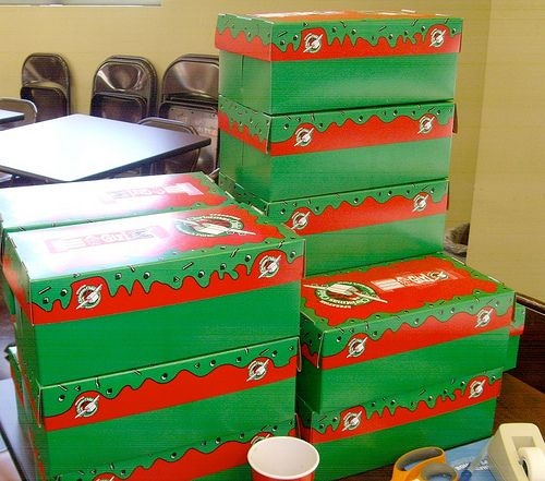 Tips for throwing an Operation Christmas Child Shoebox Packing Party.