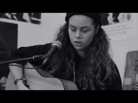 Tash Sultana - Blackbird