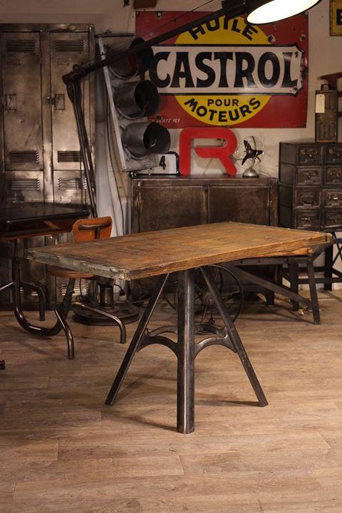 Les 25 meilleures id es concernant industriel vintage sur for Table style usine