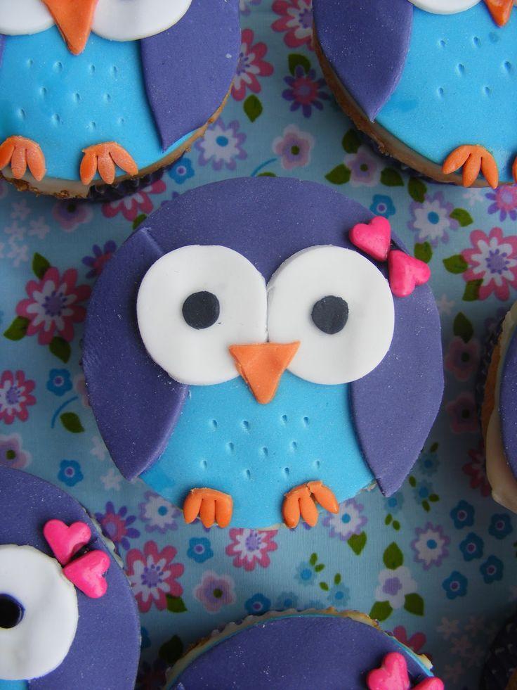 17 beste idee n over cupcakes versieren op pinterest cupcake versier technieken cupcake - Versieren van een muur in ...