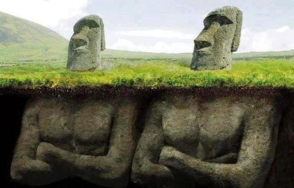 Le teste Moai dell'isola di Pasqua hanno un corpo 1