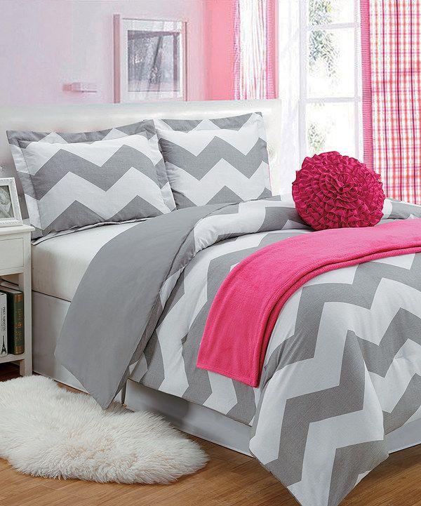 best 25 gray pink bedrooms ideas on pinterest pink grey bedrooms blush and grey and pink and. Black Bedroom Furniture Sets. Home Design Ideas