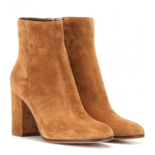 Gianvito Rossi Suede Ankle Boots (3,360 ILS) ❤ liked on Polyvore featuring shoes, boots, ankle booties, brown, brown suede boots, short boots, suede bootie, bootie boots and brown boots