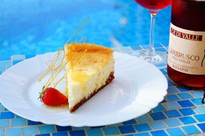 Домашний чизкейк из адыгейского сыра - рецепт - как приготовить - ингредиенты, состав, время приготовления - Леди Mail.Ru