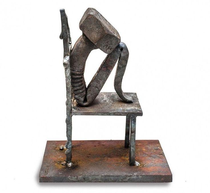 Эмоциональные скульптуры из стальных болтов