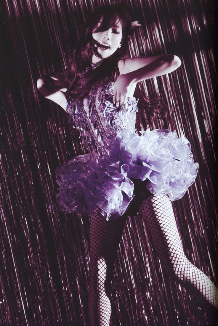 Taeyeon    Show Girls @ Tokyo Dome