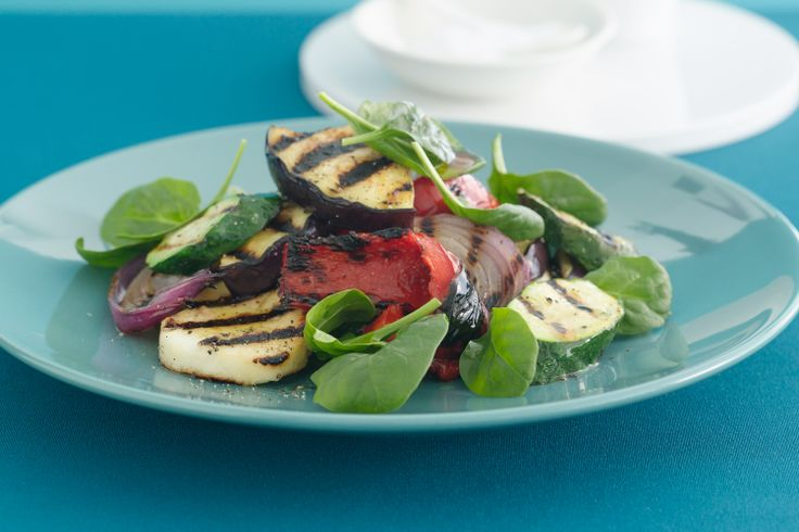 Char-grilled vegetables with haloumi cheese is easy, vegetarian and fast. Perfect!