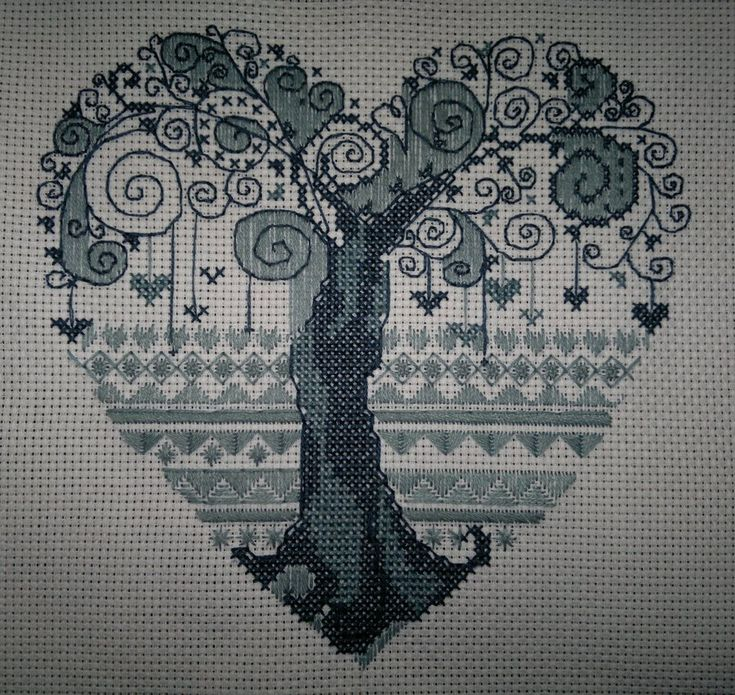 Tree-heart (Cross Stitch) by ~ouraion on deviantART
