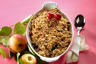 Lisää omenakaurapaistokseen halutessasi kirskoita tai rusinoita.