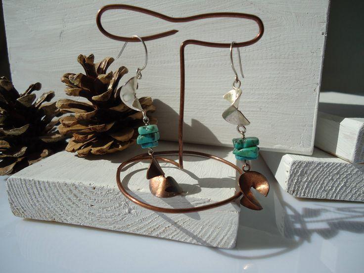 san valentino,spirale,turchese,orecchini tribali,rame,orecchini argento,rame e argento,orecchini fatti a mano,idea regalo di Primordi su Etsy