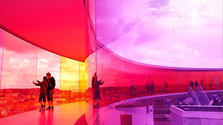 ARoS Aarhus Kunstmuseum im Dänemark Reiseführer http://www.abenteurer.net/1404-daenemark-reisefuehrer/