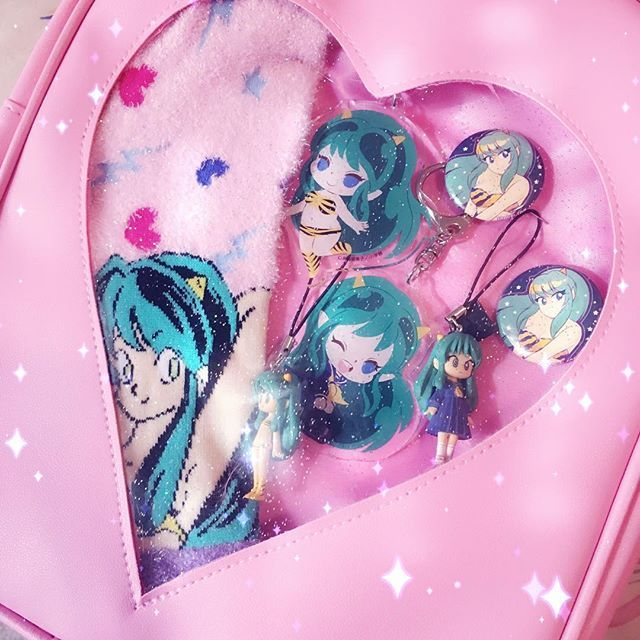 #lum #invaderlum #luminvader #うる星やつら #ラムちゃん #rumicworld #rumikotakahashi #gashapon #keychain #itabag #collection #retroanime #80sanime #lumisbestbabe #otaku #anime #manga