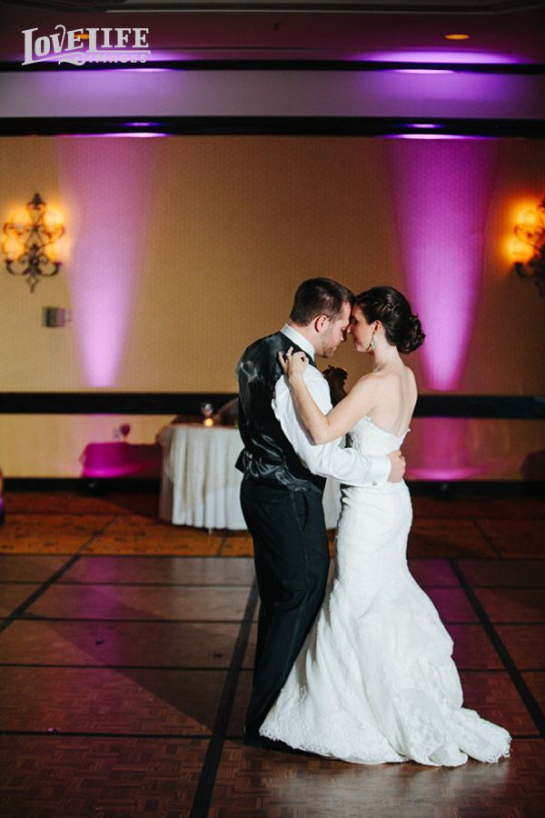 average price for wedding dj in new jersey%0A photographer Joe Wang masterfully captured a couple u    s gorgeous featuring by  Create your wedding reception with us