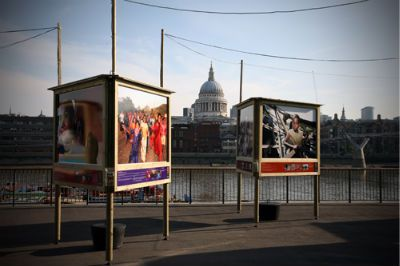 Care-Thames-Photo-Exhibition.jpg (400×266)