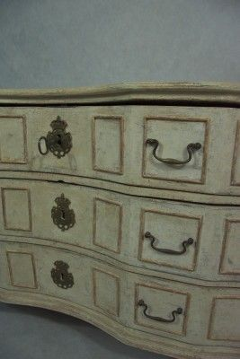 Swedish Baroque Chest of Drawers 2