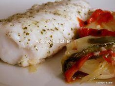 Merluza con Pimientos y Patatas (Microondas) Estuches y moldes Lekue a la venta aquí: http://www.cornergp.com/tienda?bus=lekue