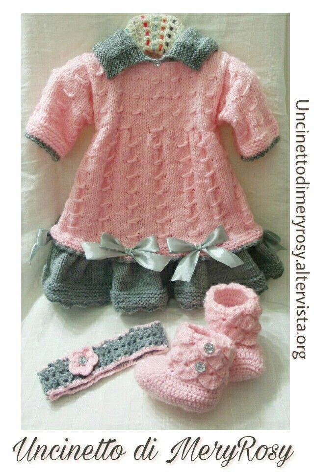 Vestitino lavorato a maglia, con fascia per capelli e stivaletti lavorati all'uncinetto per bambola reborn ma anche adatto alle bimbe.  #vestitino #vestito #fasciacapelli #stivaletti #stivali #uncinetto #crocheted #crochet #handmade #fattoamano #diy #bebè #bebe #bimba #baby #reborn #doll #dolls #knitting #knitted