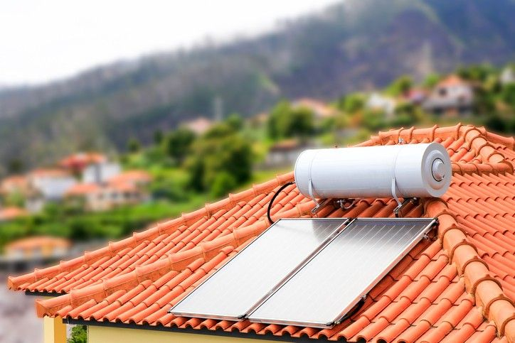 Bring Down The Costs Of The Bill With Solar Panels For Hot Water Solar Water Heating Solar Water Heating System Water Heater Installation