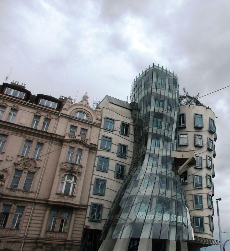 Tančící dům - Karlovo náměstí Praha - Česko
