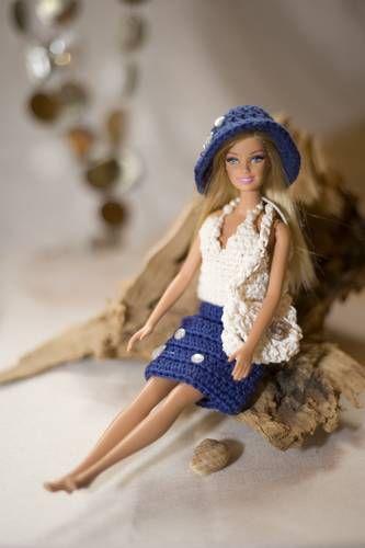 ber ideen zu barbiekleidung auf pinterest puppen american girl puppen und puppenkleider. Black Bedroom Furniture Sets. Home Design Ideas