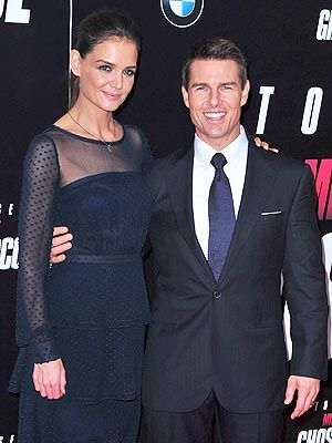 PEOPLE reports that Tom Cruise and Katie Holmes are divorcing after 5 years of marriage. (via people.com)