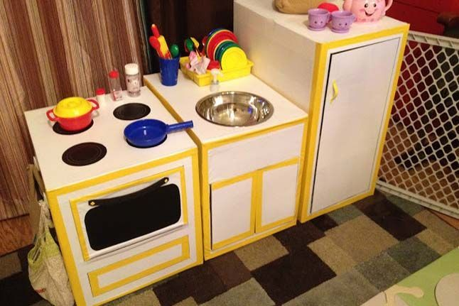 Cardboard Kitchen - http://www.pbs.org/parents/crafts-for-kids/cardboard-kitchen/ love this idea! Who needs money!