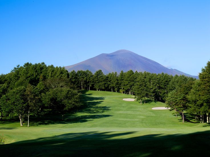 karuizawa-japan-golf-course-17th-hole.jpg (1500×1123)