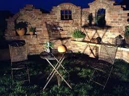 die besten 25 alte ziegel ideen auf pinterest ziegelweg ziegelgarten und wie man. Black Bedroom Furniture Sets. Home Design Ideas