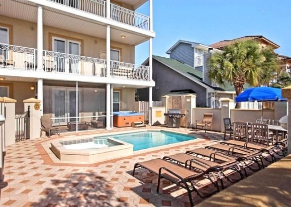 8 bedroom house in destin aurora private pool game room 2 minute walk to private beach access