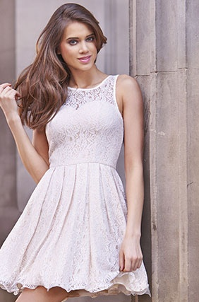 Are you looking for quiz clothing discount code, quiz clothing voucher codes, quiz clothing coupon code  get awesome discount.