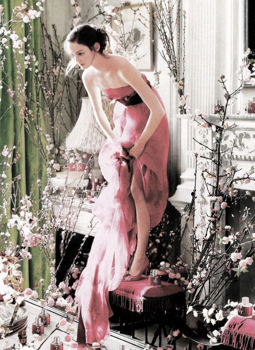 ❀ Flower Maiden Fantasy ❀ beautiful art fashion photography of women and flowers - Lisa Cant by Tim Walker