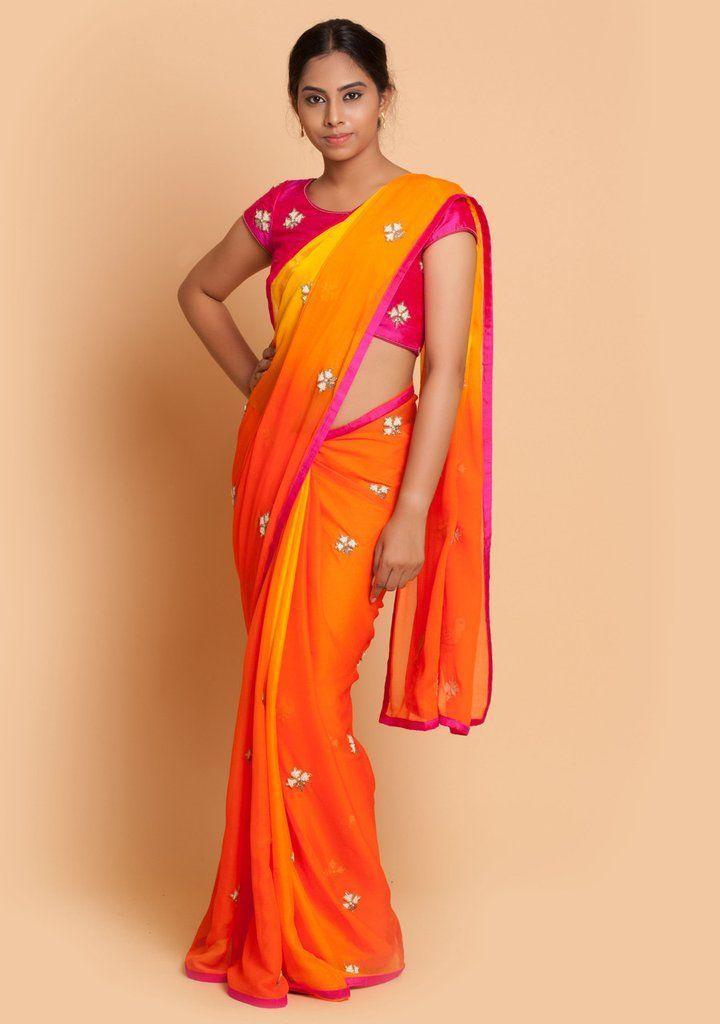 f37216c642185 11 Chic Contrast Blouse Ideas For Orange Sarees