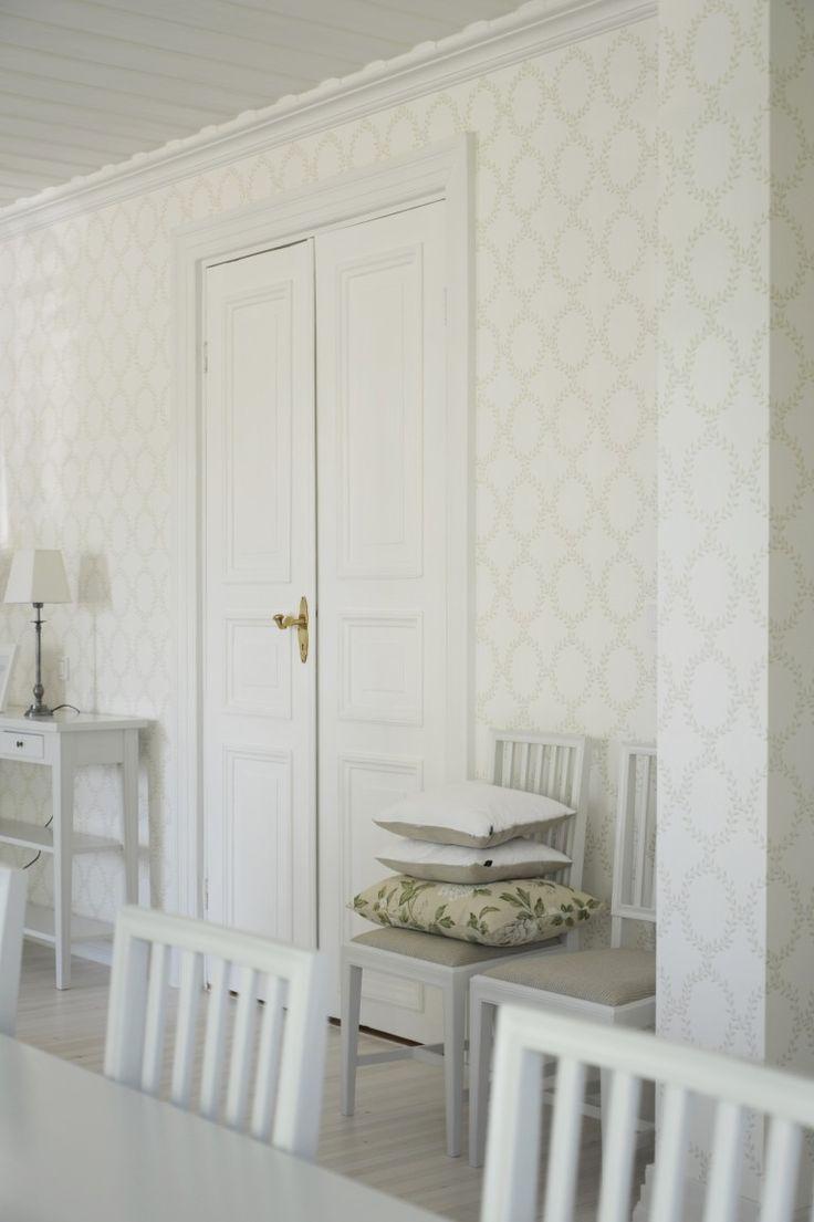 Interior design: Suunnittelutoimisto Kruunu, wallpaper: Sandberg Wilma green, fabric: Sanderson Peony tree , wooden floor, gustavian chair, classic scandinavian style,