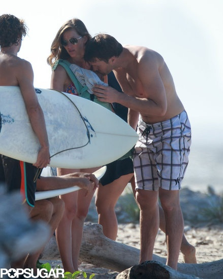 Tom Brady kissed his daughter, Vivian, while in Costa Rica on vacation | Pictures